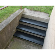"Outdoor Recycled Rubber Stair Tread 36""W Black"