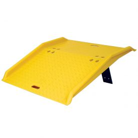 "Eagle Mfg 1795 Portable Plastic Dock Plate 36""L x 35""W x 5""H 750 Lb. Capacity"